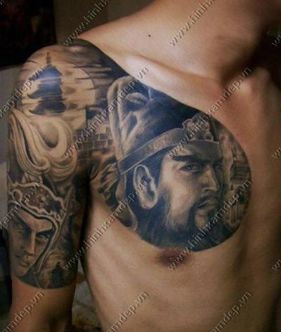 tattoo hình xăm quan công ở ngực