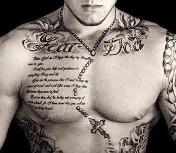 hình xăm chữ ngực 4